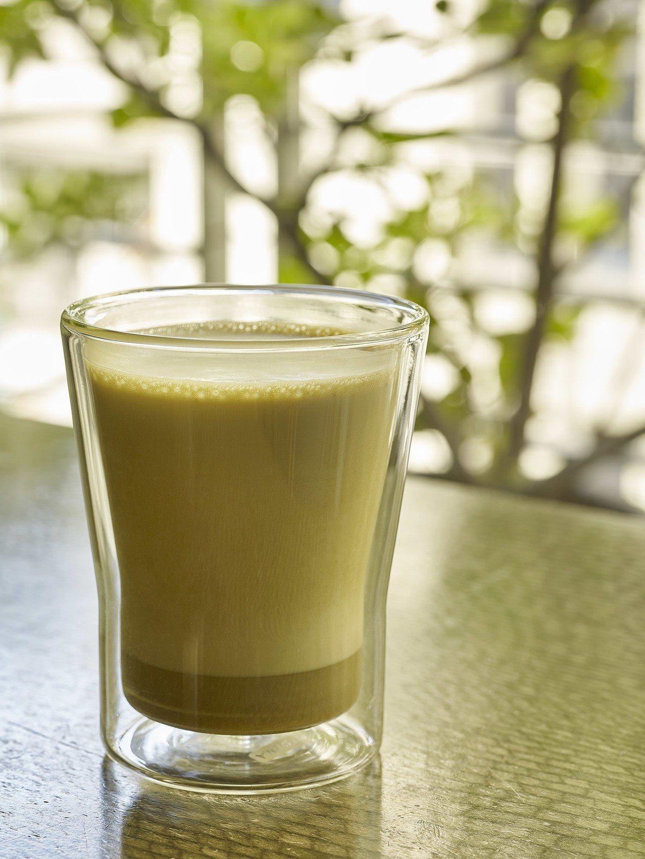 黃梔綠茶歐蕾(熱/冷),售價120元/140 元。圖/小茶栽堂提供