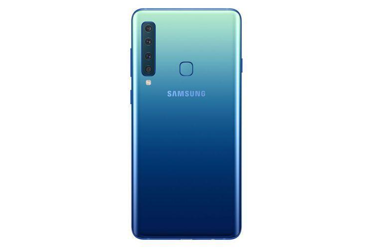 即日起至2月28日購買Samsung Galaxy A9送雙向閃電快充行動電源。...