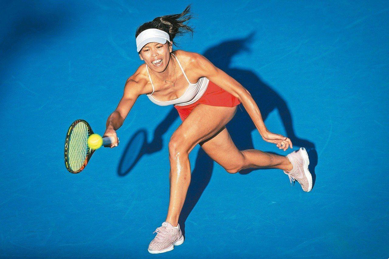 台灣網球一姐謝淑薇本週征戰雪梨網球賽,順利過頭關。 法新社