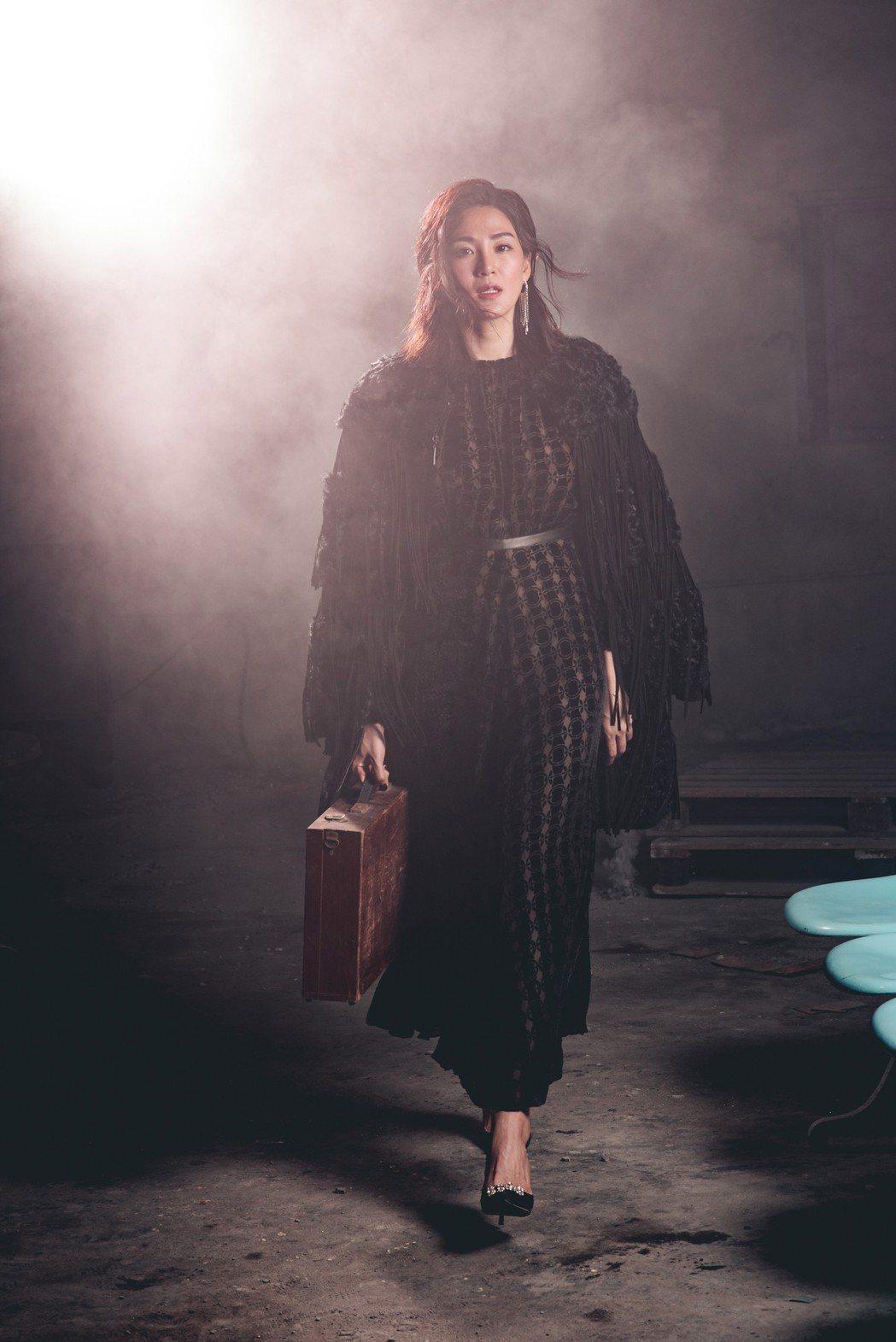 洪小鈴是公司「資深師妹」。圖/幸星娛樂提供