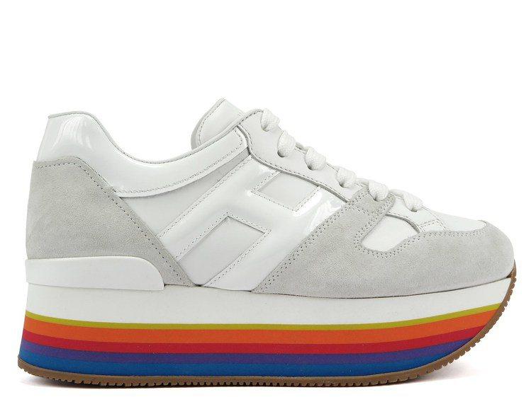 HOGAN MAXI H222白色拼接厚底女士休閒鞋,20,600元。圖/迪生提...