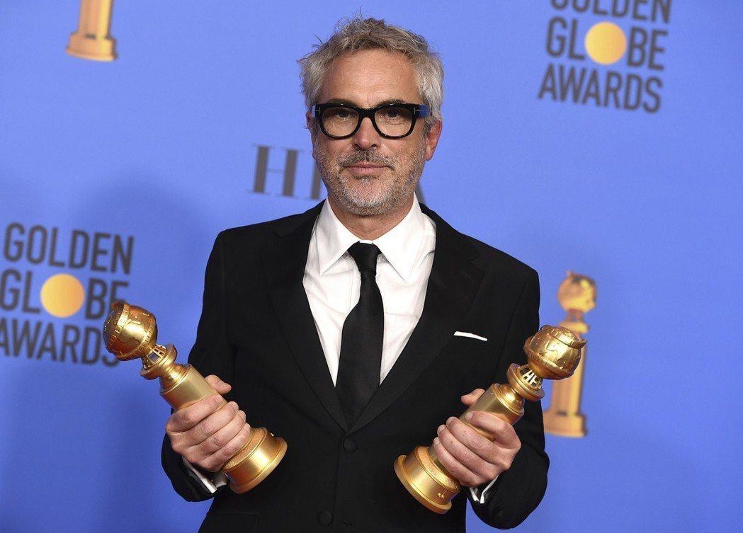 艾方索柯朗以「羅馬」拿下金球獎最佳導演、最佳外語片。 圖/美聯社