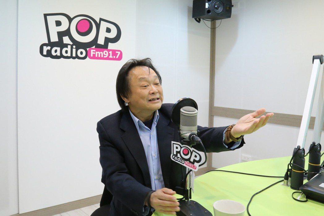日前面對韓冰竟「一秒融化」,王世堅昨也在專訪時解釋,看到韓冰就像看到自己的女兒一...