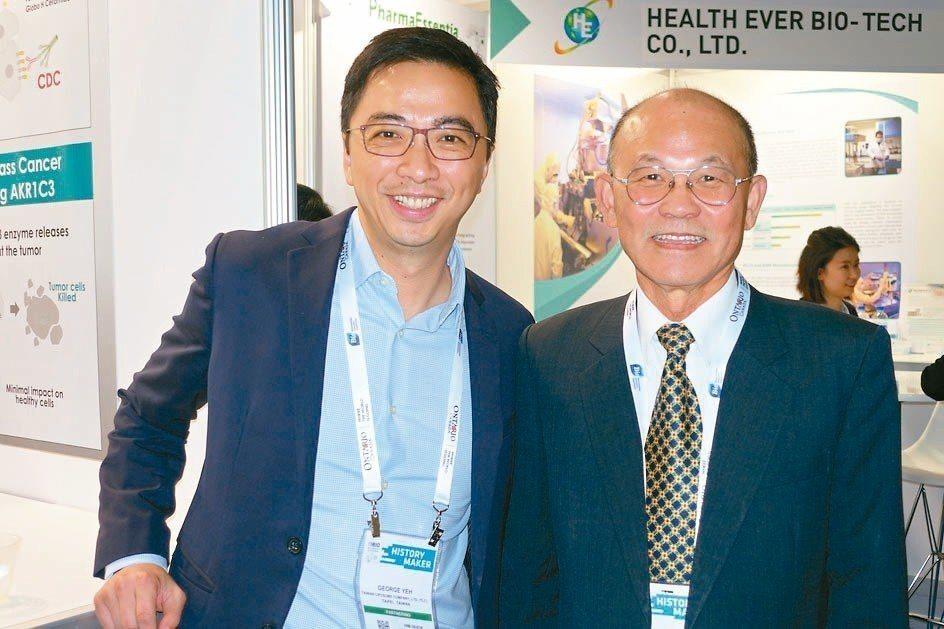 台微體董事長洪基隆(右)與總經理葉志鴻(左)。 記者黃文奇/攝影
