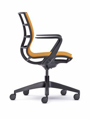 椅子設計產品「se:joy」,具有人體工學設計細節,其外觀輕盈簡潔。 紅點/提供