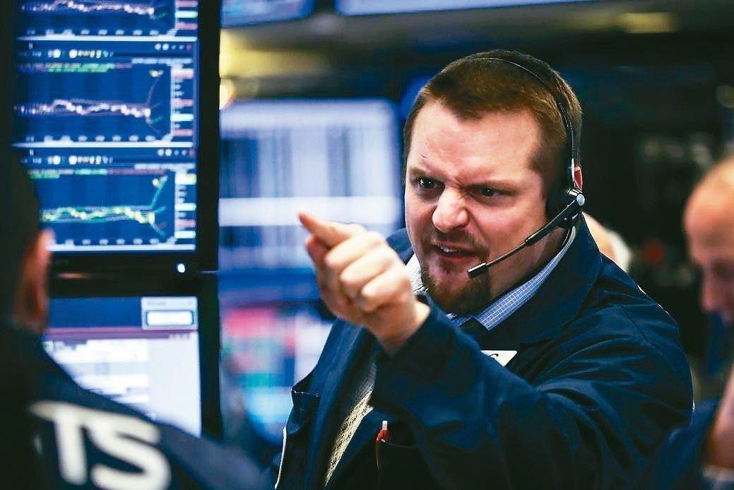 花旗集團策略師等專家認為,市場對經濟陷入衰退的憂慮過頭,建議逢低買進,因美股未來...