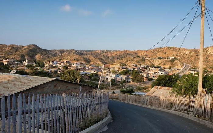 從高處俯瞰Santa Marianita。