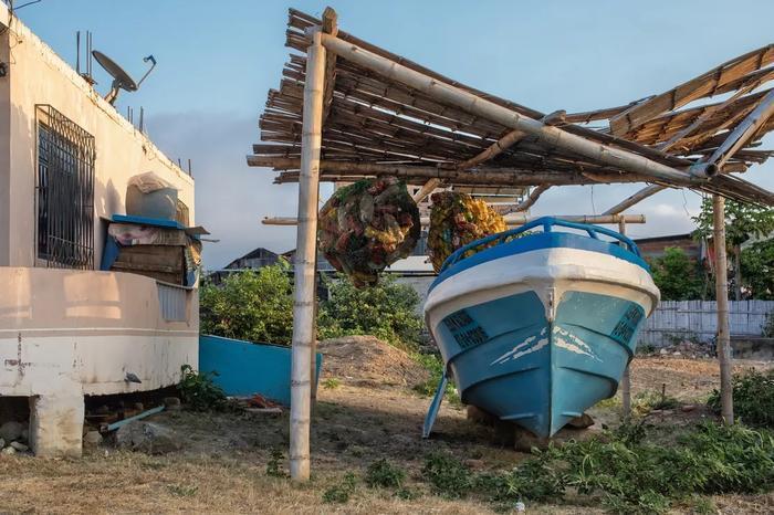 無處不在的漁船提醒人們,這裡的居民以打漁為業。