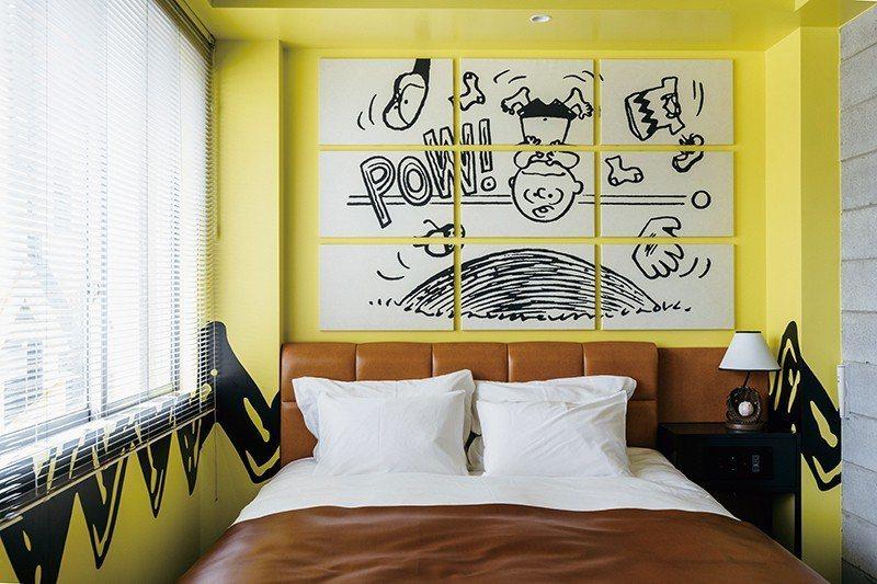 以熱愛棒球的查理布朗為主題的51號房,就連燈飾都是棒球形狀。