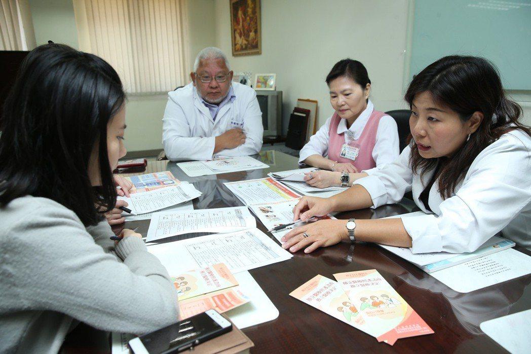「病人自主權利法」於1月6日上路,民眾可簽署「預立醫療決定」。聯合報系資料照/記...