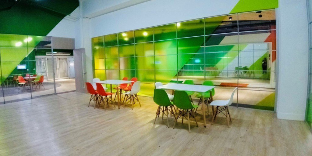 中原大學樂河源地,規劃有社團辦公室,提供學生休息及討論空間。圖/中原大學提供
