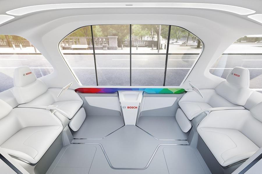 Bosch的4人用自駕小巴概念車內裝。