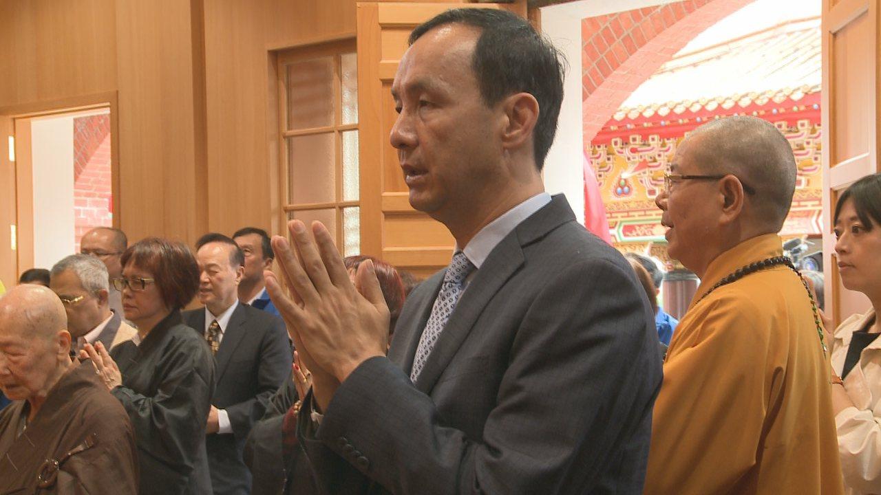 新北市前市長朱立倫上午出席千霞山海明寺開光安座活動。記者顏凱勗/攝影