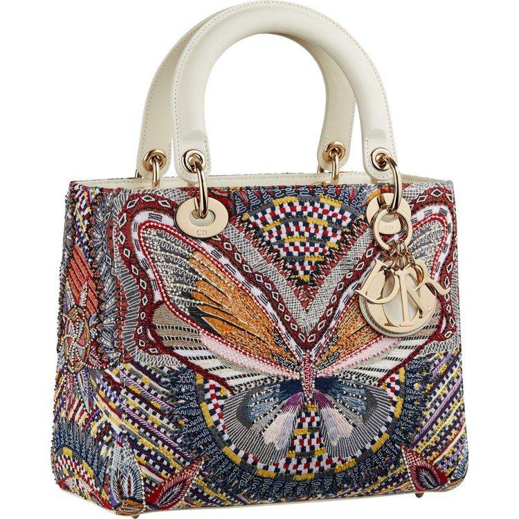 Lady Dior包上有刺繡款。圖/DIOR提供