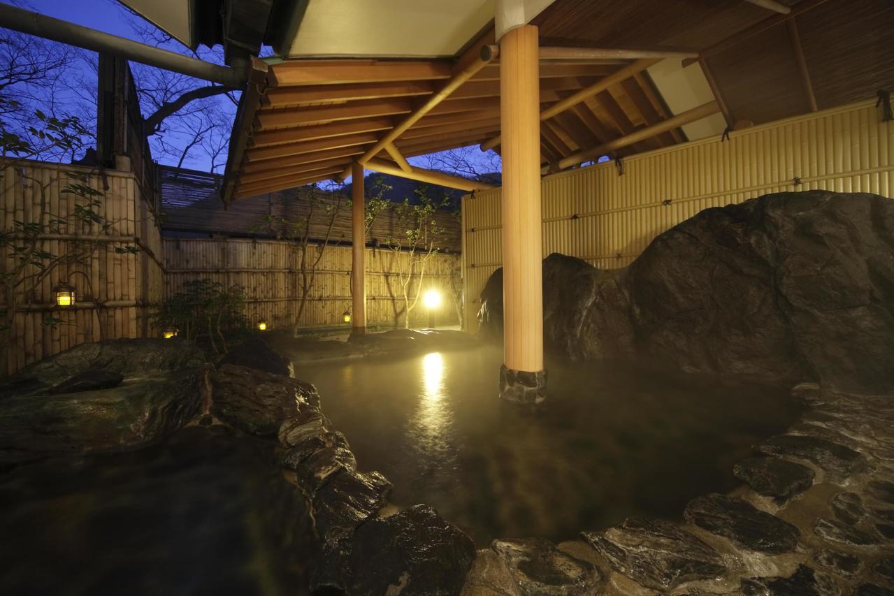磐梯熱海溫泉「離隱之宿美食旅館鈴鐘」擁有觸感舒服的透明鹼性單純泉。圖/樂天旅遊提...