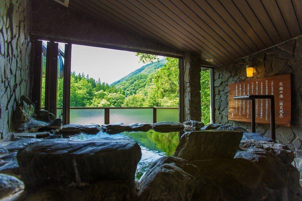 谷川溫泉「檜之宿水上山莊」。圖/樂天旅遊提供
