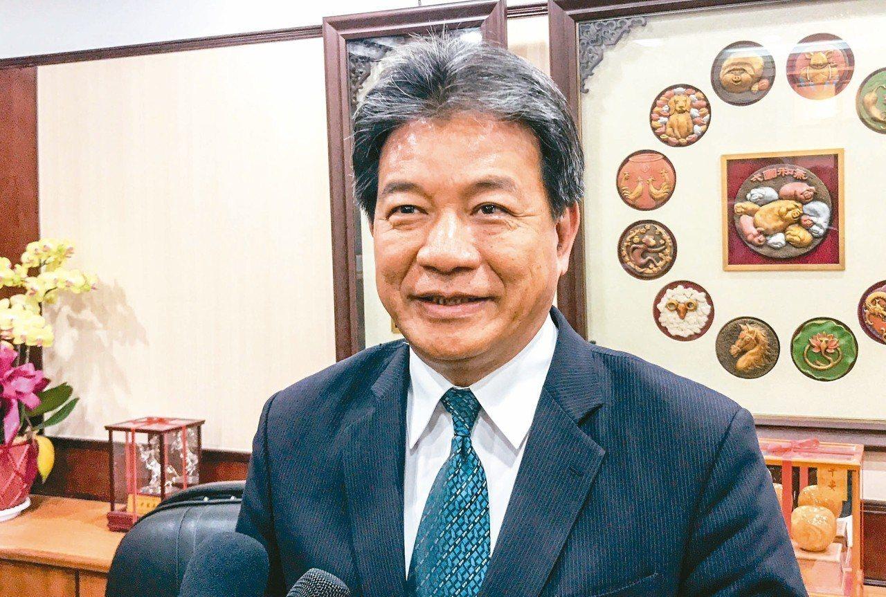 台南市議長郭信良被問到是否願意回民進黨時,回應「如果可以的話」惹議。 記者鄭維真...