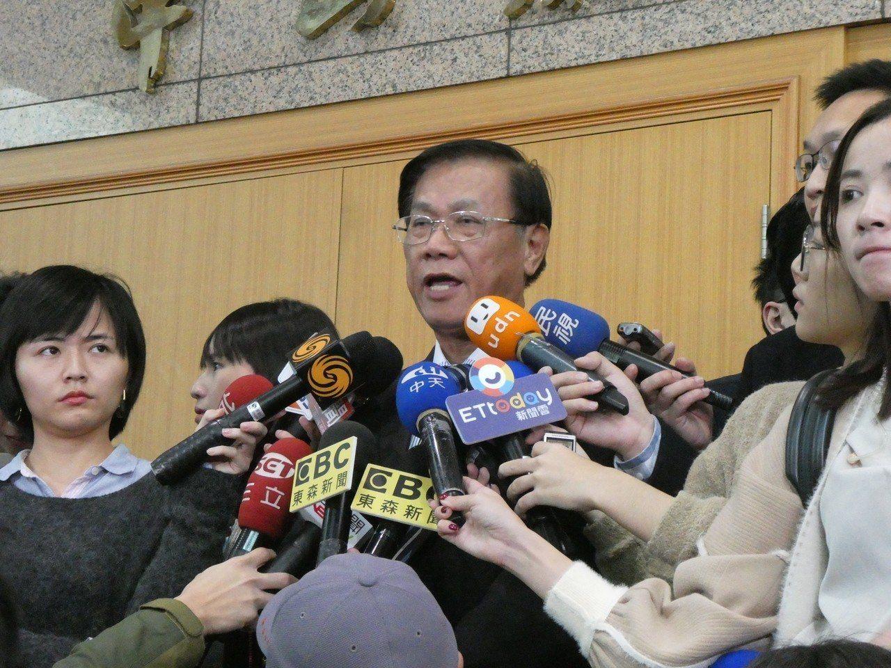 國民黨主席吳敦義今中午邀黨籍15縣市長召開「兩岸城市交流相關事項會議」。對近來大...