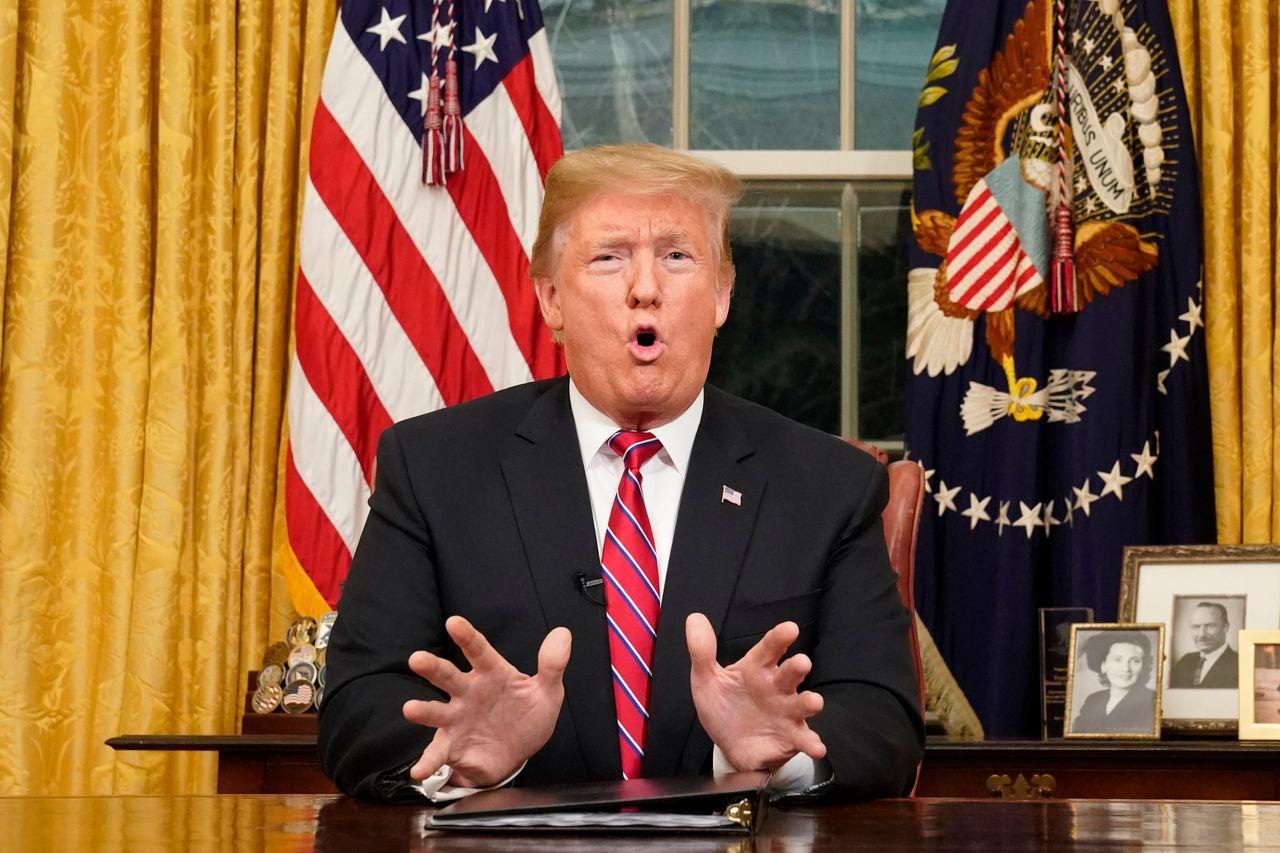 川普:美國陷人道與安全危機 未宣布國家進入緊急狀態 美聯社