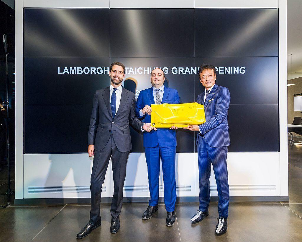原廠代表Automobili Lamborghini首席商務長Federico ...