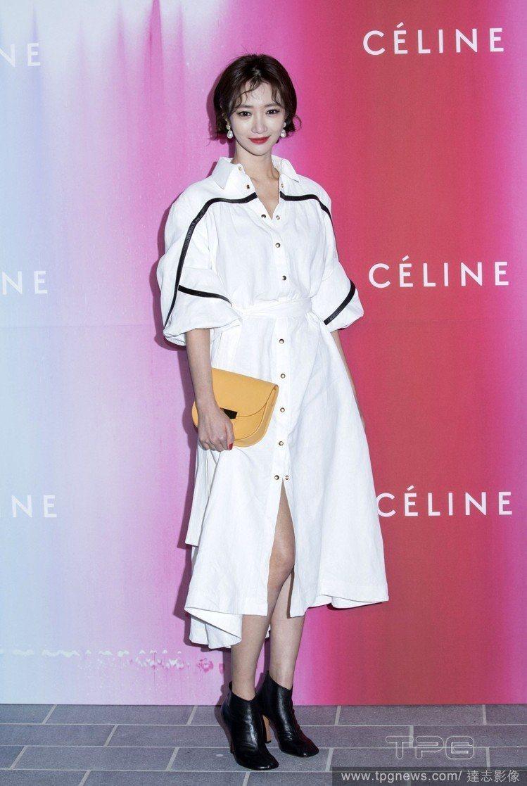 韓星高準熹(常譯為高俊熙)因2015年韓劇《她很漂亮》走紅,一頭時髦的男孩風短髮...