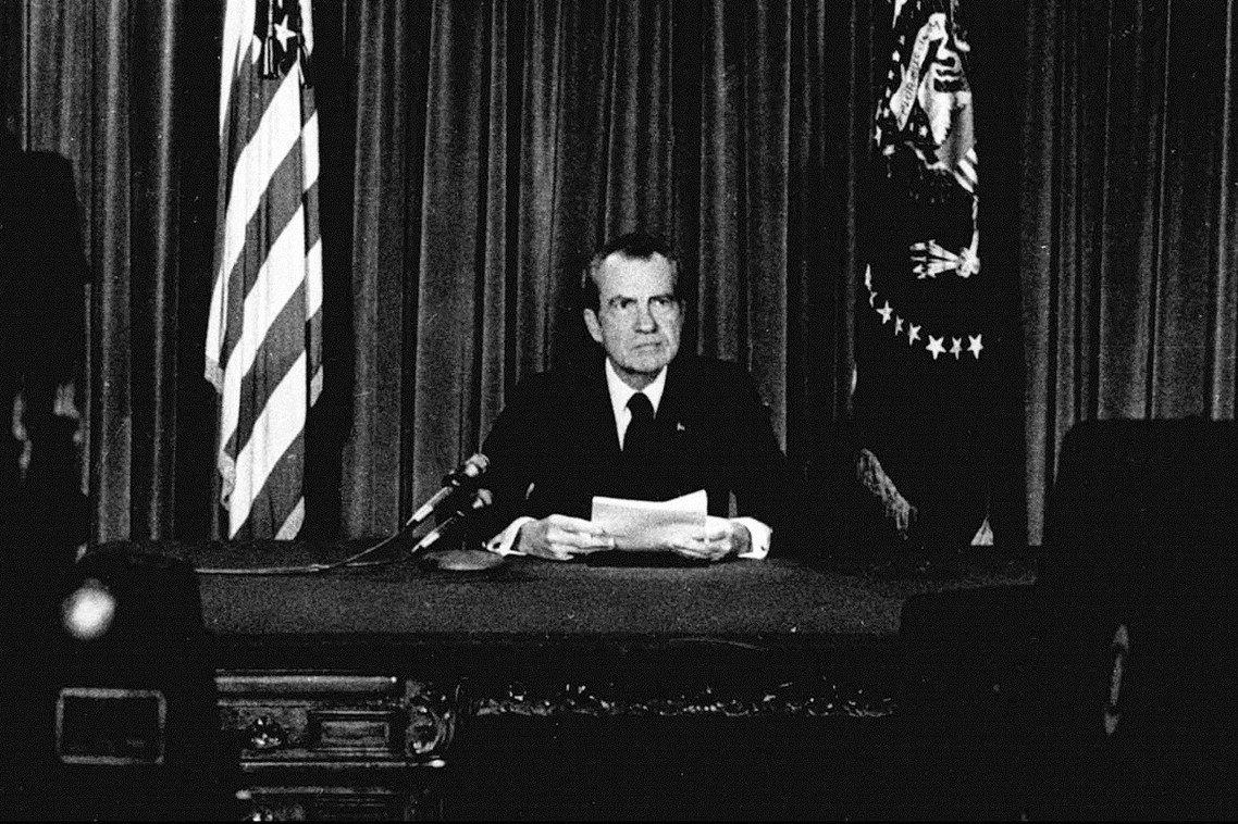 1974年8月8日晚間,「水門案」醜聞的主角——時任美國總統,尼克森(Richa...