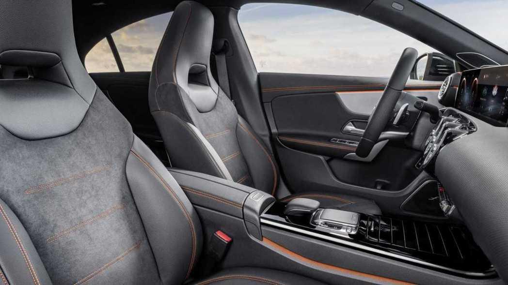 新款CLA内裝配置與A-Class近乎相同。 摘自Mercedes