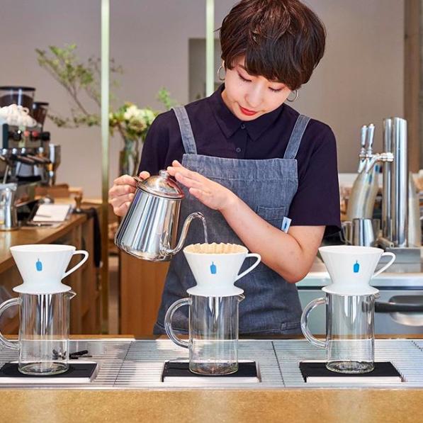 藍瓶濾杯830元、手沖咖啡壺組870元。圖/摘自IG@bluebottlejap...