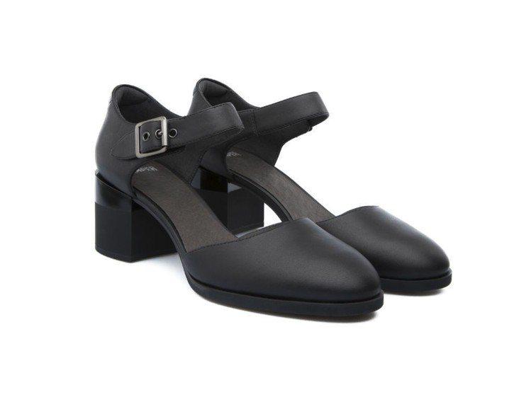 Hannah高跟淑女鞋,特價1,500元。圖/CAMPER提供