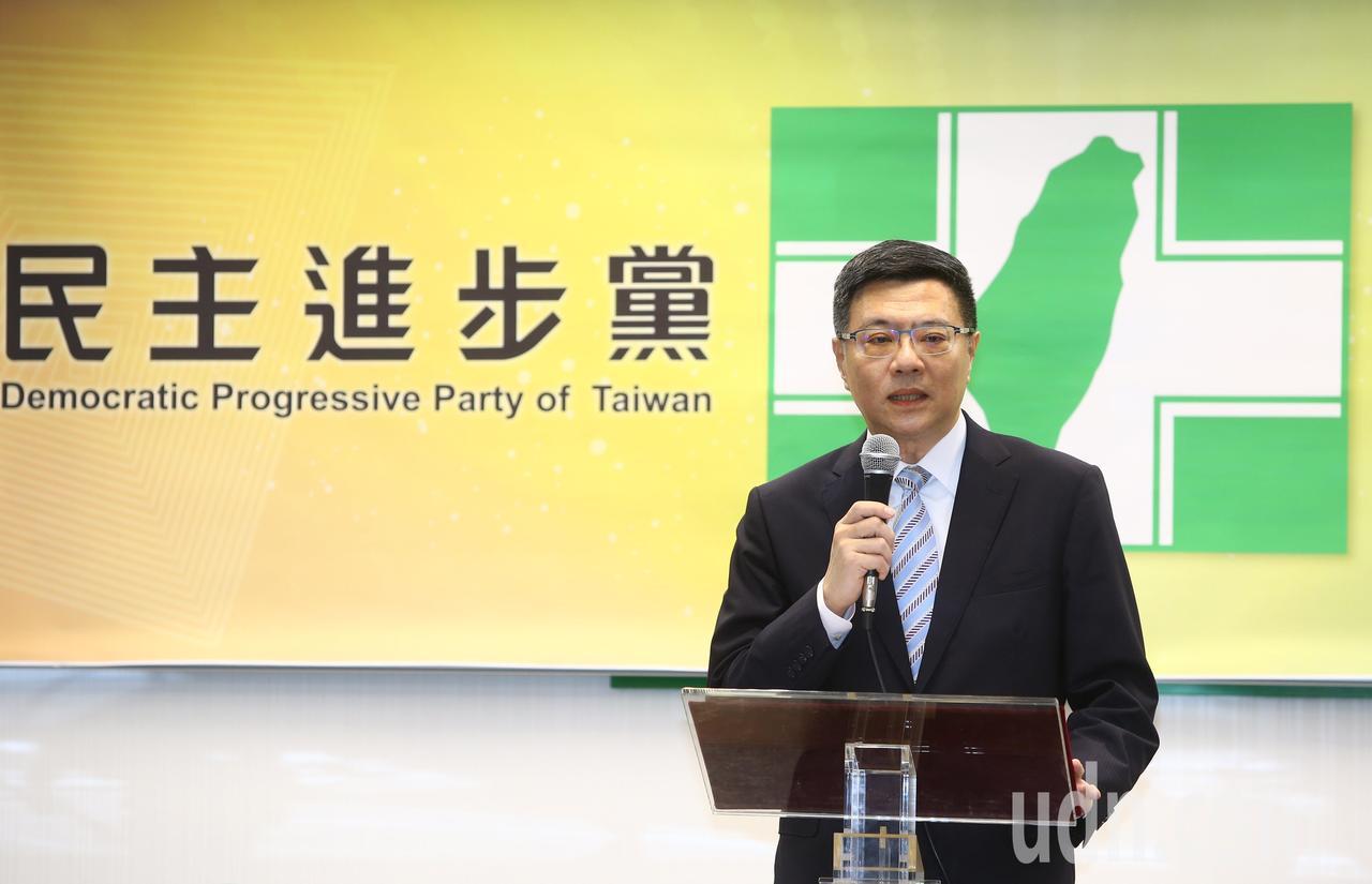 甫接下民進黨主席的卓榮泰表示,一月及三月的立委補選,目前設定的目標是「保三搶三」...