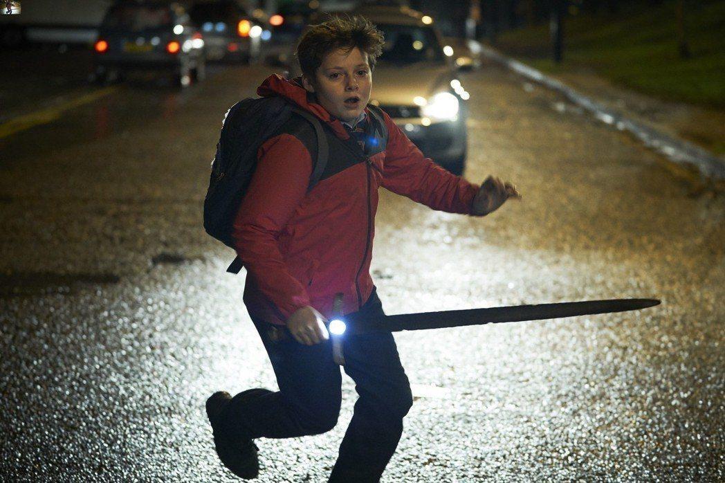 「魔劍少年」是今年初的奇幻特效大片。圖/福斯提供