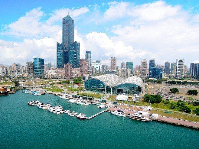 高雄有山、有海、有港,觀光產業大有可為。圖/高雄市政府提供