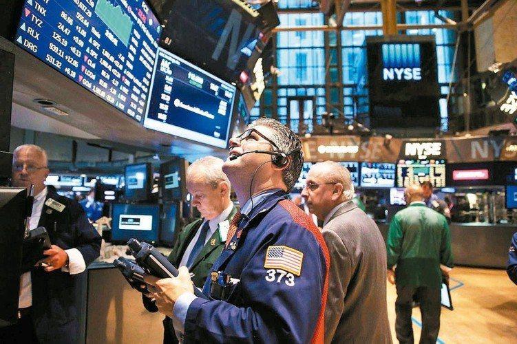 2018年可謂股市驚濤駭浪的一年,即使是向來穩重的成熟市場,光是12月就有十天單...
