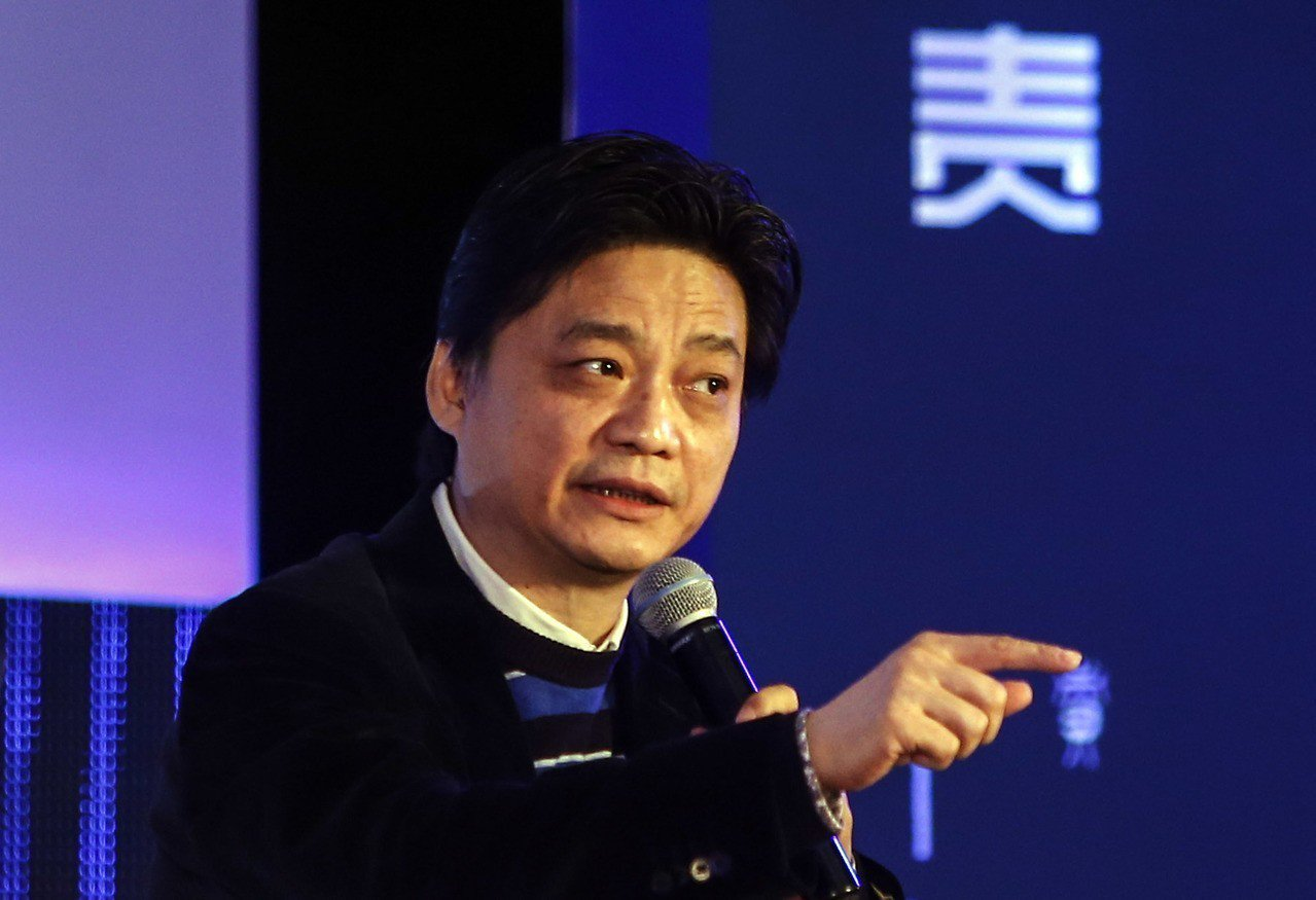 崔永元從去年12月在微博中就不斷「挑戰」最高法。新華社