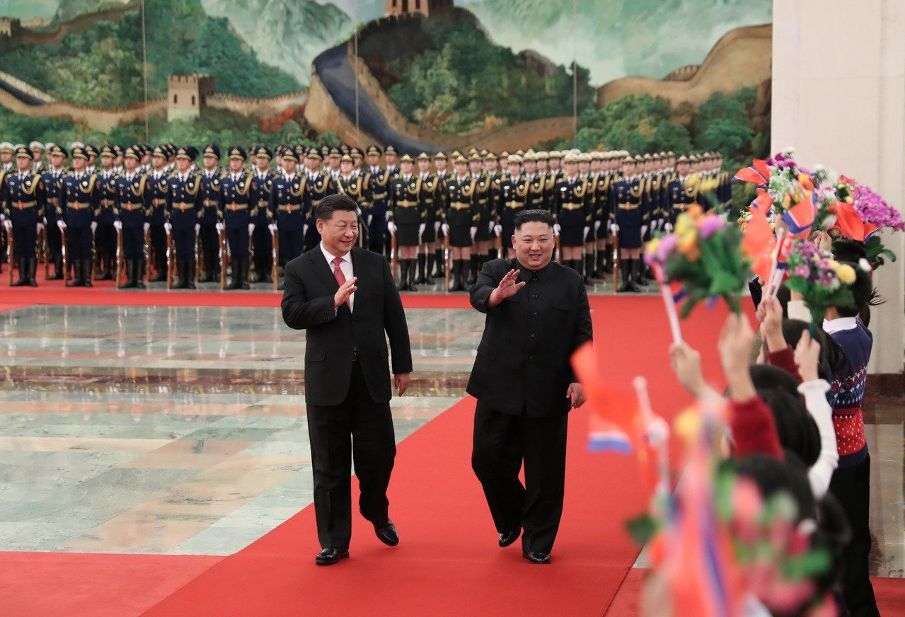 報導稱,習近平在4次會晤中對北韓在發展經濟、改善民生方面採取的措施表示支持。 新...
