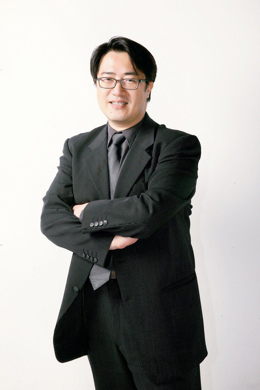 台北榮總高齡醫學中心主任、國立陽明大學教授