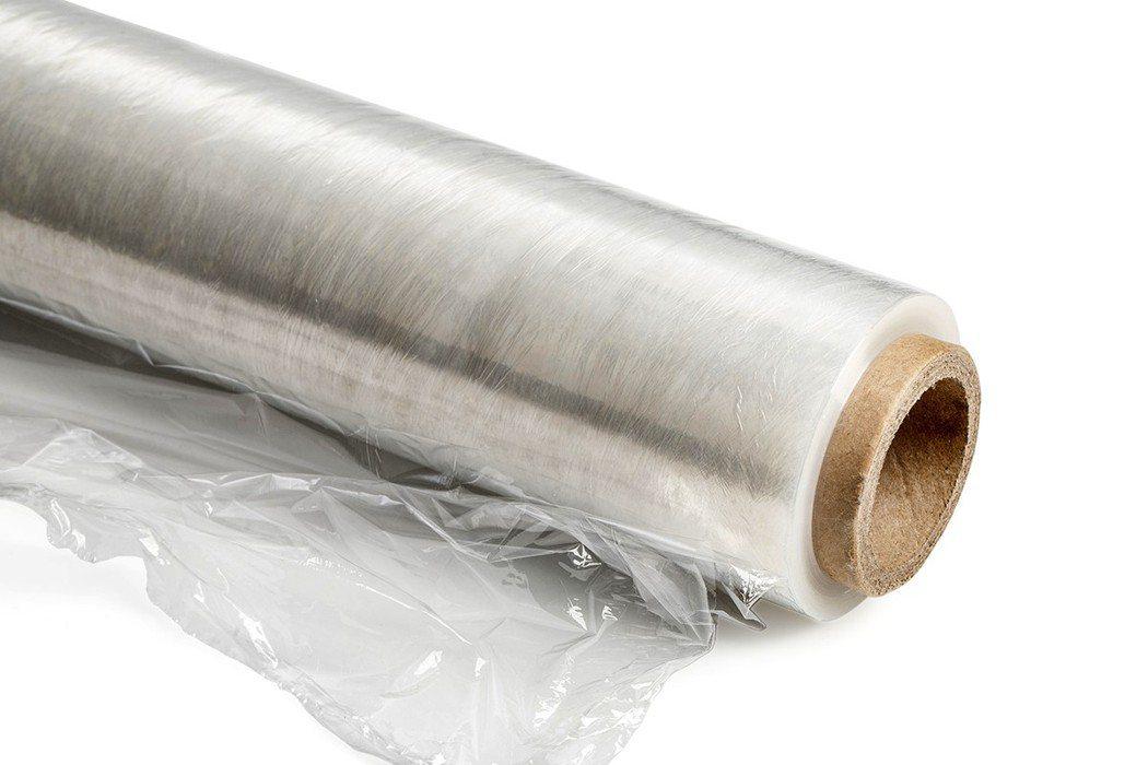 保鮮膜也是塑膠,它非常軟,代表含有高劑量的塑化劑。 圖片來源/ingimage