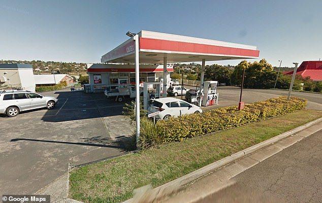 近來澳洲昆士蘭加油站傳出許多汽車加完油不久便拋錨,送檢後才發現,該汽油中竟有80...