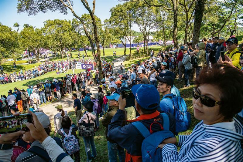 賽事最後一天,擁進了三萬多名觀眾,創下台灣高球賽單回合觀賽人數新高紀錄。