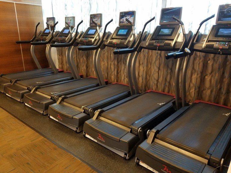 健身房內的跑步機 圖文來自於:TripPlus