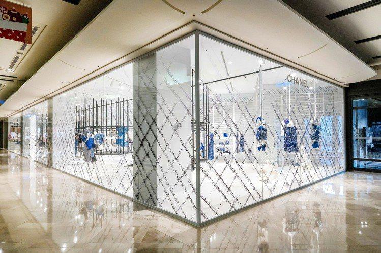 香奈兒在新光三越信義新天地A9地面樓層開設限時概念店。圖/香奈兒提供