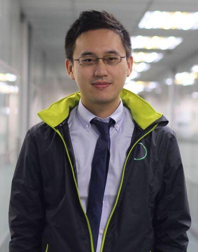 趙怡翔因擔任蔡英文口譯,被網友封為「口譯哥」。 圖╱取自趙怡翔臉書