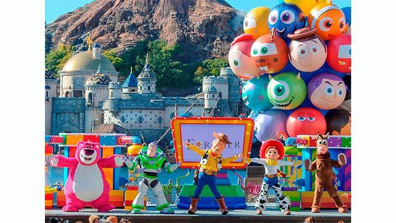 皮克斯明星將齊聚在米老鼠廣場帶來歡欣無比的互動式娛樂表演。圖/摘自東京迪士尼樂園...