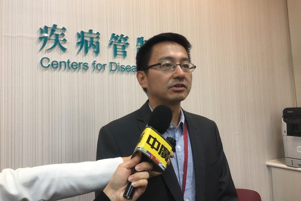 疾管署副署長羅一鈞(圖)表示,本流感季疫情雖較上一季同期和緩,但春節假期較長,9...