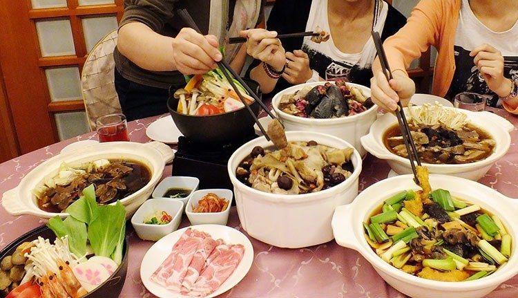 共用餐具有傳染染胃幽門桿菌及A肝風險。圖╱本報系資料照