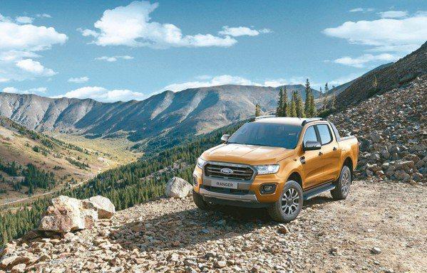 現在入主運動休旅皮卡銷售冠軍Ford Ranger可享首年月付9,999元。 圖...