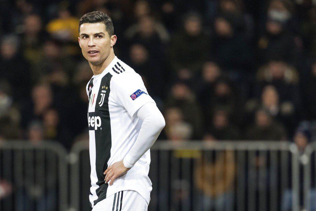 拉斯維加斯警方要求足球明星「C羅」羅納度提供DNA檢體,以調查他被控訴的性侵案。...