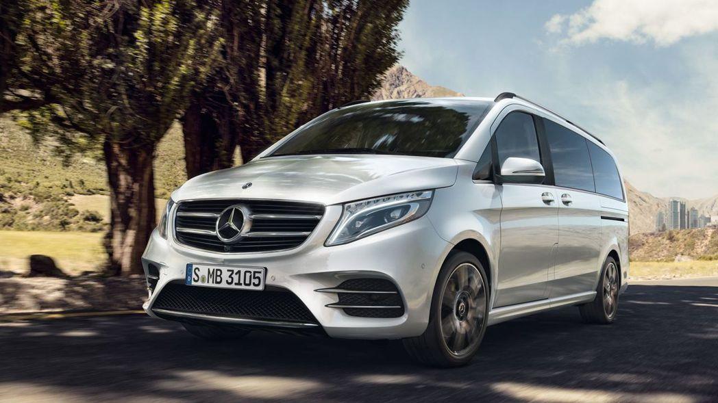 Mercedes-Benz V-Class提供V220d與V250d兩種動力選擇...