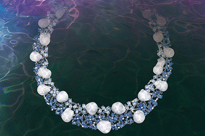 藍寶石珍珠項鍊,在2018年天成秋拍中,拍出21.6萬港元。(天成國際)