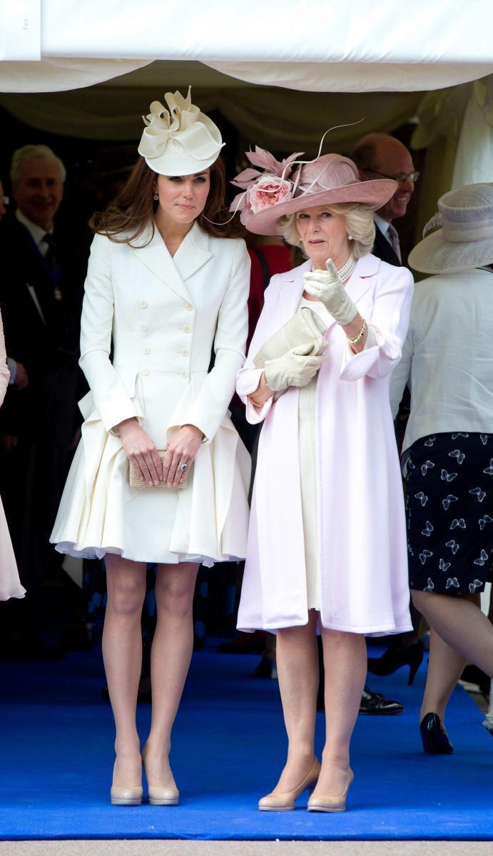 達不到標準,婆婆卡米拉曾介入勸分手?看凱特王妃面對過的這3個英國皇室婆媳問題